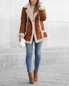A Little Detail - Winter Fashion // Shearling Coat // Striped Sweater // Blue Jeans // Camel Boots // White Bobble Hat