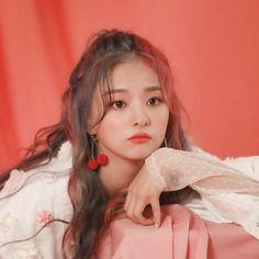 Nakyung Namora Azani based on wattpad stories by lembar-putih nagyung Kpop Girl Groups, Korean Girl Groups, Kpop Girls, Kpop Aesthetic, Aesthetic Girl, My Girl, Cool Girl, Korean Photoshoot, Loona Kim Lip