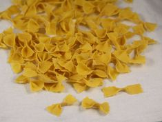 Farfalle+de+casa Coconut Flakes, Spices, Cooking, Houses, Kitchen, Spice, Brewing, Cuisine, Cook