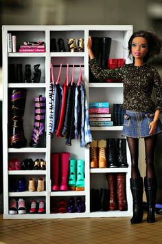 Hey, It's Muff: Use cardboard and craft sticks to make an awesome Barbie wardrobe!