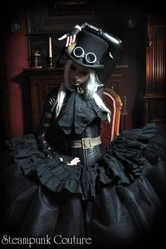 Hello lovelies. Steampunk, Dieselpunk, Victorian, Mechanical, Gothic, Fantasy and everything in...