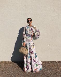 C'mon Spring - let the sun shine! So I can wear my spring dresses! Modest Fashion, Boho Fashion, Fashion Dresses, Fashion Looks, Womens Fashion, Street Fashion, Boho Chic, Album Design, African Fashion