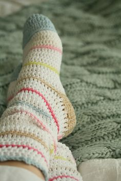 Crochet socks Shared by www.nwquiltingexpo.com #nwqe #crochet
