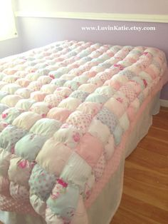 Twin Size Weighted Puff Blanket by LuvinKatie on Etsy