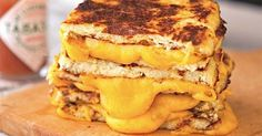 Grilled cheese. Yes, grilled cheese. What makes a grilled cheese? When does a grilled cheese stop being a grilled cheese and just become a sandwich? How much cheese is too much cheese? Who shot JFK? Is there life on Mars? Are you going to get any of the answers to these questions in this post? No. You...