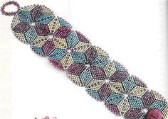 beautiful bracelet using flat triangle peyote