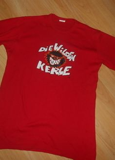 Kaufe meinen Artikel bei #Mamikreisel http://www.mamikreisel.de/kleidung-fur-jungs/kurzarmelige-t-shirts/30277532-t-shirt-gr-152-die-wilde-kerle-guter-zustand