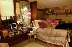 Aria Montgomery Bedroom