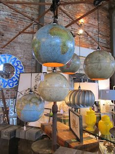GLOBE~ globe lamps Sassytrash  I'm in love with this idea! Especially after we broke the glass fixture in our sitting/book room.