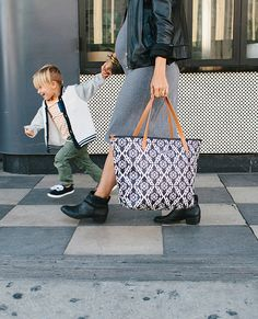 love the new @ppbbaby  Downtown Tote from their fall 15 line! | little peanut magazine