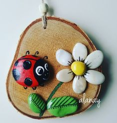 'Vogelkaka' Painted rocks, birds on driftwood - JL I can see the branches felted onto fabric, embroidered or crocheted leaves and the painted rocks! Would make a great multi-craft project!Image gallery – Page 717972365572913604 – ArtofitAll 10 gif Stone Crafts, Rock Crafts, Diy And Crafts, Crafts For Kids, Arts And Crafts, Pebble Painting, Pebble Art, Stone Painting, Caillou Roche