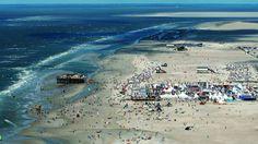 Strand und Party: Jedes Jahr findet der Kitesurf World Cup in St. Peter-Ording statt.