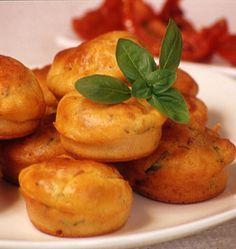 Muffins aux tomates séchées, la recette d'Ôdélices : retrouvez les ingrédients, la préparation, des recettes similaires et des photos qui donnent envie !