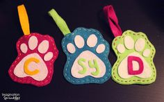 DIY pet stockings. Because even Clifford needs a place for presents!