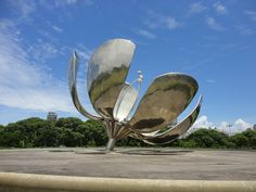 Floralis - 10 Reasons to Visit South America
