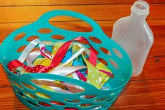This is another super simple activity that can keep the kids busy while you put dinner on the table. And a bonus that it also works their fine motor skills! Rubber bands have been a great way for me to keep kids busy before dinner too. Plus check out all our busy play ideas! What …
