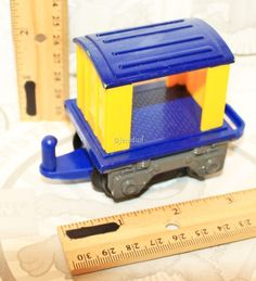 BLUE YELLOW OPEN TRAIL CAR VEHICLE ONLY FROM FISHER-PRICE GEOTRAX TRAIN 2006 #FisherPrice
