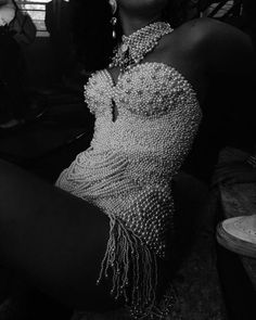 aesthetic, glamour, black and white aesthetic, champagne diamond, high end fashion Boujee Aesthetic, Aesthetic Fashion, Aesthetic Pictures, Fashion Models, Fashion Outfits, 20s Fashion, Classy Fashion, Gothic Fashion, Fashion Clothes