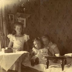 Olga, Alexei and Tatiana, 1906