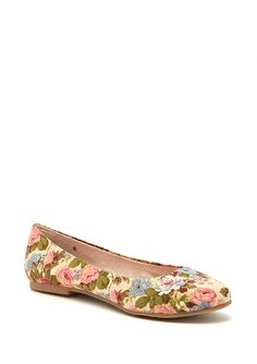 Floral flats for spring. Add with mint color jeans white top and vintage jewls