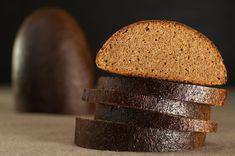 """Хлеб """"Земниеку"""" - национальный латвийский хлеб, 100% ржаной, из смеси ржаной обойной и ржаной сеяной муки, патоки, солода и тмина. Производство этого хлеба требует… Food Photo, Food And Drink, Cooking Recipes, Bread, Baking, Food Recipes, Bread Making, Cooker Recipes, Patisserie"""