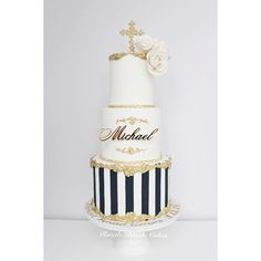 Michael's Christening Cake from the weekend. White, Gold and Navy blue. Name from @littleeventboutique #christeningcake #christening #cake