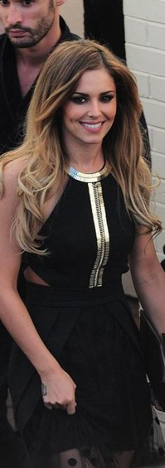 cheryl cole  Who made  Cheryl Coles black cut out maxi dress and sandals?