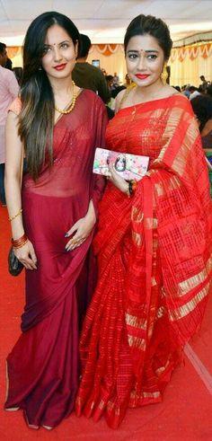 Puja Bose and Tina dutta Beautiful Bollywood Actress, Most Beautiful Indian Actress, Ethnic Sarees, Indian Sarees, Tina Dutta, Wonder Woman Movie, Hindi Actress, Indian Wedding Outfits, Saree Styles