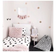 Teen bedroom themes must accommodate visual and function. Here are tips to create the coolest teen bedroom. Teen Bedroom, Bedroom Decor, Bedroom Ideas, Little Girl Rooms, Room Inspiration, Barn, Design Design, Design Ideas, Kids Room