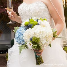A fresh blue, white and green bouquet! photo: www.eyecontact.ca