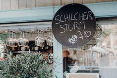 Graz – 27 Tipps & (kulinarische) Highlights für die Steiermark | Reisehappen Art Quotes, Chalkboard, Restaurants, Highlights, Roadtrip, Travelling, Trips, Graz, Vacations