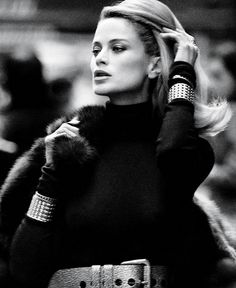 ru_glamour: Carolyn Murphy for WSJ December 2012