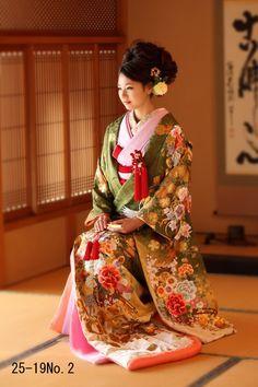 traditional women kimonos - Google Search