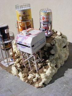 Usine de forage inspiré d une publication de GW, pose de différents boitiers et câblages en fil de scoubidous