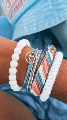 Summer Bracelets, Cute Bracelets, Summer Jewelry, Handmade Bracelets, Beaded Bracelets, Preppy Bracelets, String Bracelets, Tassel Earrings, Flower Earrings
