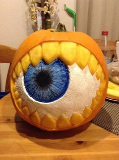 Best 40 Chic Scary Pumpkin Carving Ideas For Halloween In This Year Alltemplatehd Com Halloween - Halloween Makeup Scary Pumpkin Carving, Pumpkin Carving Contest, Pumpkin Decorating Contest, Amazing Pumpkin Carving, Pumpkin Art, Pumpkin Painting, Scary Pumpkin Faces, Food Carving, Pumpkin Ideas
