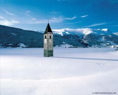 Val Venosta / Vinschgau: http://www.bookingsouthtyrol.com/329d336.html