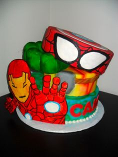 Avengers Cake  Super Hero Cake  www.DarlingCake.com