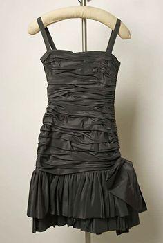 1983 Yves saint Laurent Evening dress  Metropolitan Museum of Art, NY