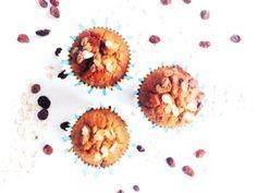 Er zijn weer pompoenen in allerlei soorten en maten, ultiem herfstvoedsel! Deze pompoenmuffins zijn een heel lekker, gezond en voedzaam ontbijt.