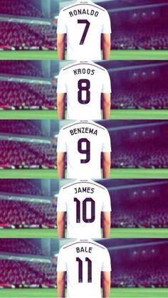 Real Madrid: la nueva era galáctica. Ronaldo, Kroos, Benzema, James y Bale. pic.twitter.com/dBes2yTpOw