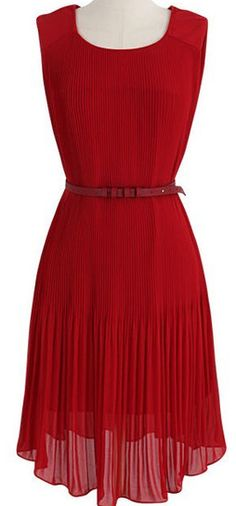 pleated #red chiffon dress  http://rstyle.me/n/idyzzpdpe
