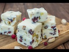 WHITE CHOCOLATE FUDGE WITH CRANBERRIES AND PISTACHIOS - YouTube