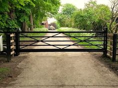 Another install of AutoGate Services. We fabricate all our own bespoke metal gates at our local premises. Metal Driveway Gates, Modern Driveway, Driveway Entrance, Metal Gates, Front Gates, Entry Gates, Farm Entrance Gates, Driveway Security Gates, Metal Garden Gates