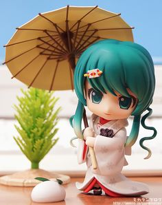 Nendoroid Snow Miku - available at WonFes this year. 超可愛い!!