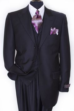 men suits style -- CLICK Visit link above for more info Sharp Dressed Man, Well Dressed Men, Smart Business Attire, Business Suits, Business Casual, Dress Suits, Men Dress, Men's Suits, Suit Shoes