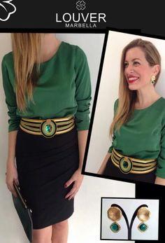#moda#louver#blusa#verde#falda#negra#cinturon#cordon#dorado#piedra#brazalete#pendientes#navidad