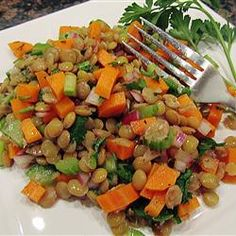 Mediterranean Lentil Salad - added garbanzo beans, lemon juice, s&p Slow Carb Recipes, Slow Carb Diet, Diet Recipes, Vegetarian Recipes, Cooking Recipes, Healthy Recipes, Recipies, Supper Recipes, Healthy Dinners
