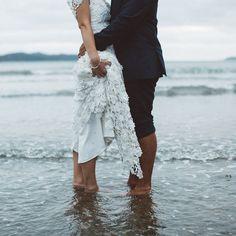 beach wedding inspiration   wedding photo ideas   Bayly & Moore  