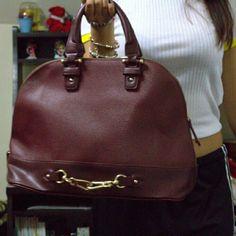 "JustFab Large Burgundy Bag (WORN ONCE ONLY) Material: Faux Leather Size: 14.5L x 11H x 6.5W Hardware color: Polished Gold Strap detail: Removable shoulder strap Shoulder drop measurement : 6"" Closure: Top zip closure Multiple interior pockets JustFab Bags"